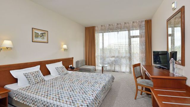 Nessebar Bay IFA Beach Hotel - DBL room park view